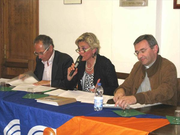 Alessandra Muzzi durante un suo intervento