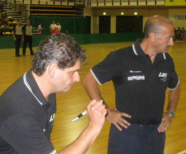 Coach Marco Collini e il suo assistente Giuseppe Dragone