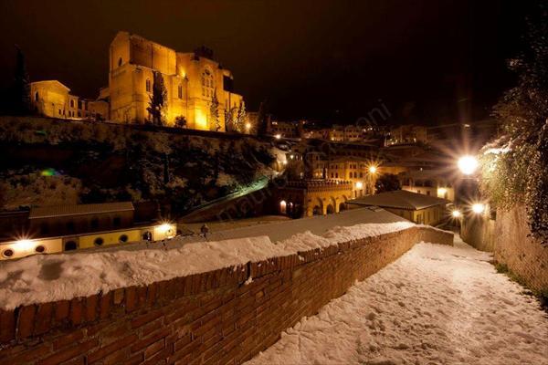 Siena di Notte con Neve