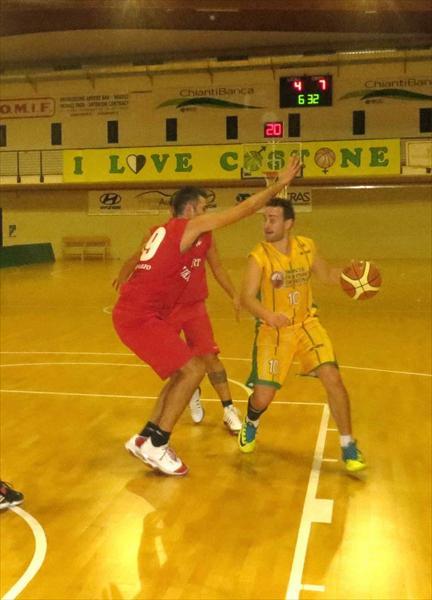 Duccio Benincasa in palleggio
