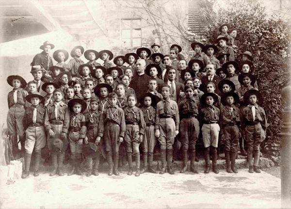 Giovani Esploratori 1915