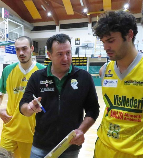 Coach Braccagni con Angeli e Bruttini