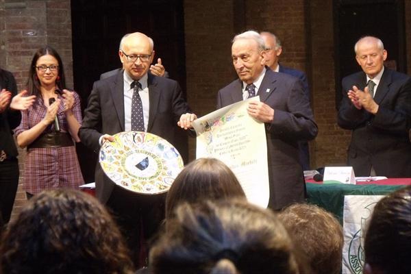 Alessandro Morbidi durante la premiazione