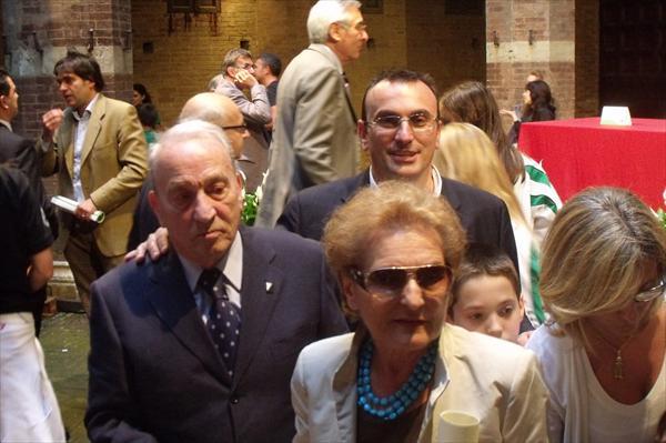 Alessandro Morbidi festeggiato dai figli, i nipoti, i parenti e gli amici.