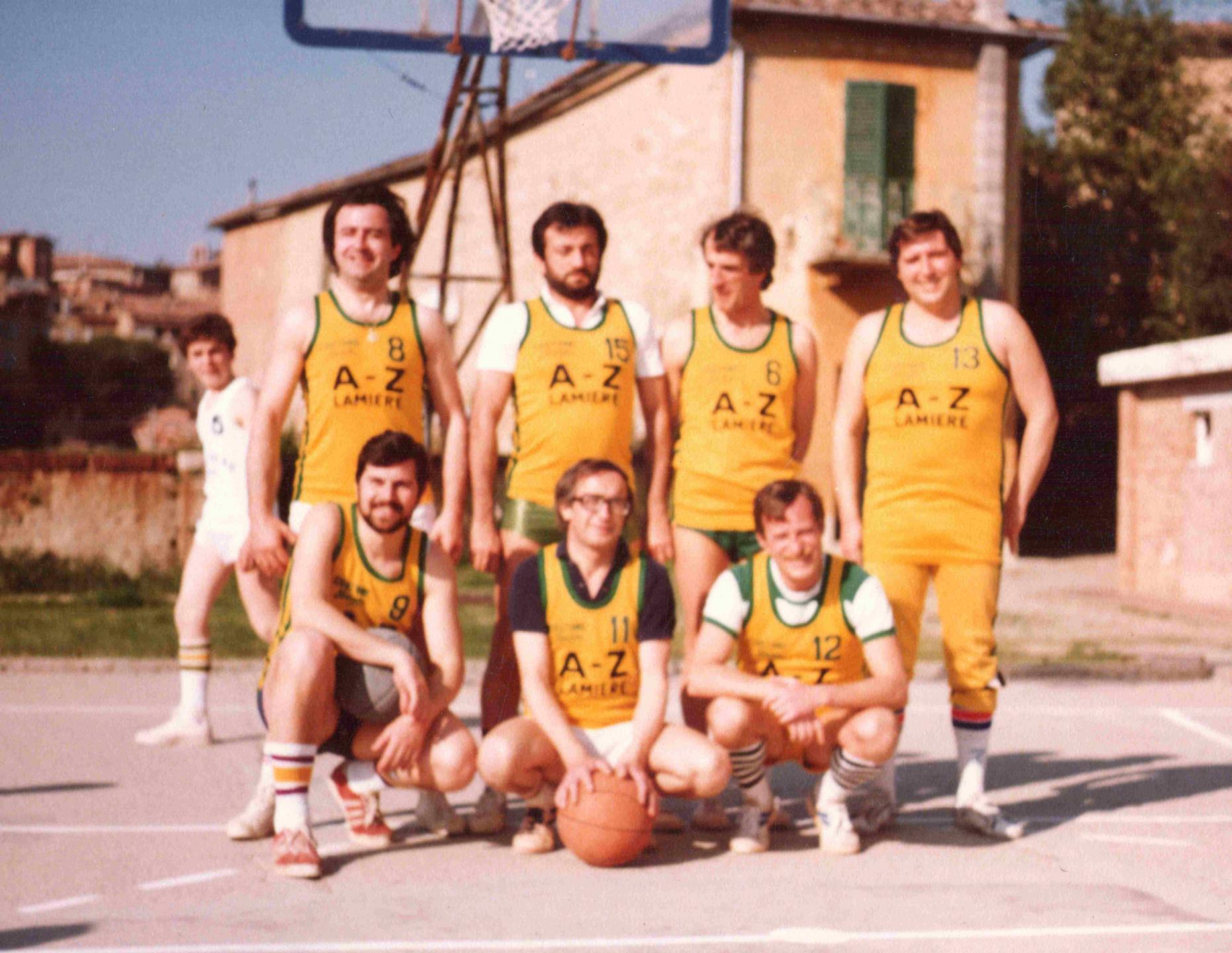 Maggio 1982-Torneo Scapoli vs Ammogliati - Mario Morandini n.13