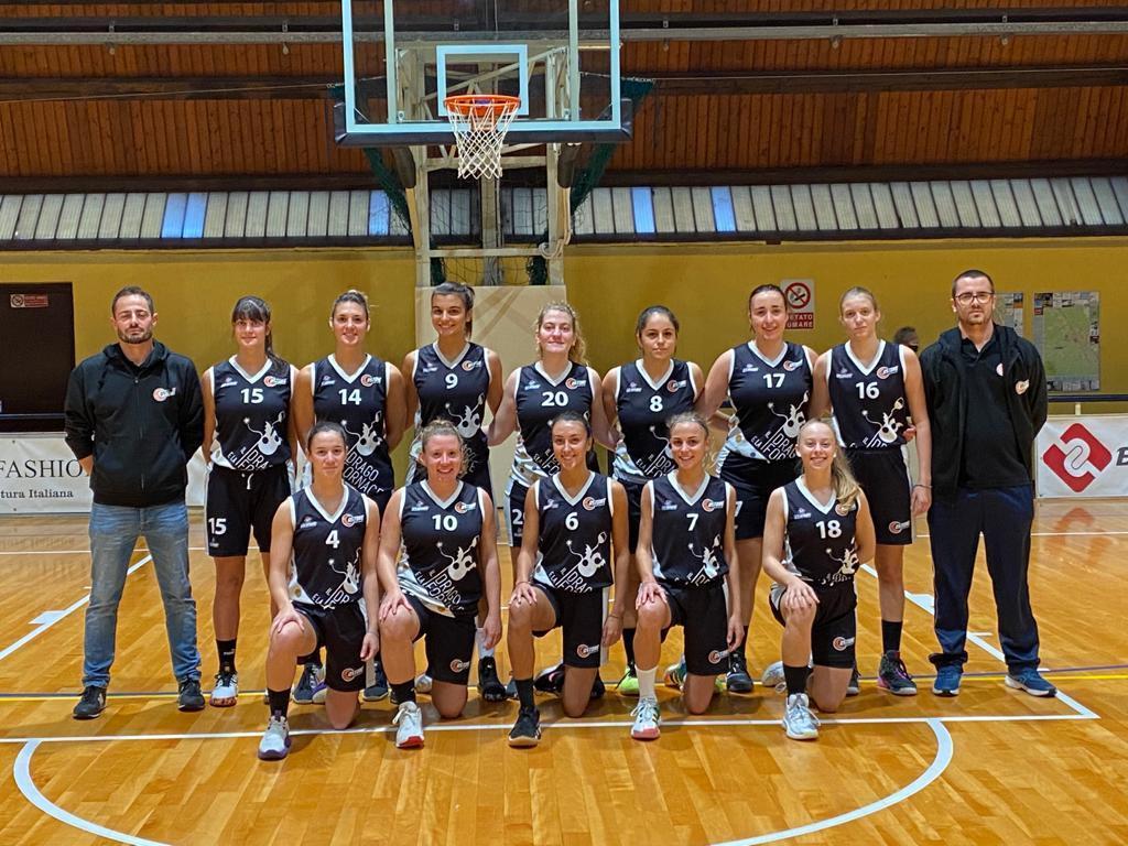 La squadra femminile Costone