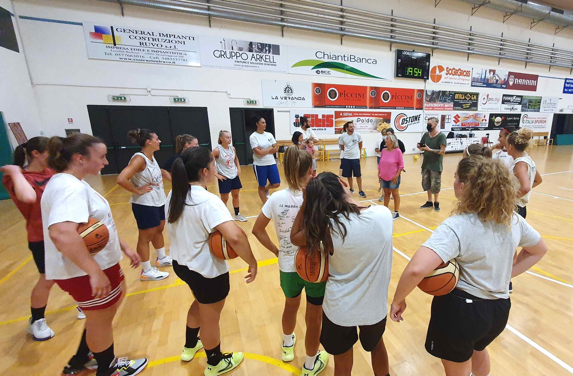 Allenamento squadra femminile